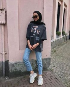 Trendy Fashion Hijab Casual Dresses Muslim Source by clothing Trendy Fashion Hijab Casual Dresses Muslim Source by clothing hijab Trendy fitness style fashion inspiration Ideas when the sun comes out 🌞 Hijab Casual, Hijab Chic, Casual Dress Outfits, Mode Outfits, Ootd Hijab, Casual Pants, Plad Outfits, Stylish Outfits, Hijab Wear