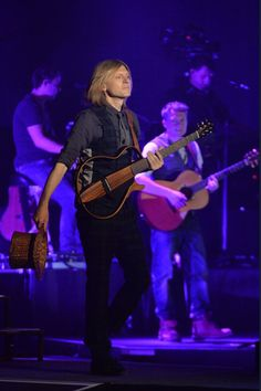 John Michael Kelly, The Kelly Family, Concert, Celebrities, Girlfriends, People, Music, Concerts, Celebs