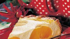 Kohupiima-virsikukook   Toidutare Camembert Cheese, Dairy, Food, Essen, Meals, Yemek, Eten