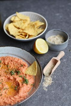 Muhammara Recipe, Tapas, Gourmet Recipes, Healthy Recipes, Food Film, Yogurt Ice Cream, Vegetarian Eggs, Good Food, Yummy Food