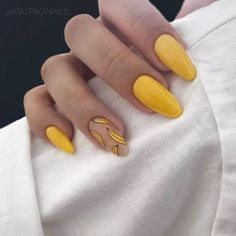 125 unique fall nail art design to be different style -page 28 > Homemytri. Shellac Nail Designs, Simple Nail Art Designs, Easy Nail Art, Acrylic Nail Designs, Classy Nails, Simple Nails, Cute Nails, My Nails, Nail Art Yellow