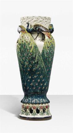 ANNA BOBERG (1864-1935) FOR RÖRSTRAND (EST. 1726) - A MONUMENTAL 'PEACOCK' VASE, CIRCA 1900.