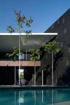 Black & White House by Formwerkz Architects | HYPEBEAST