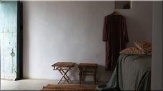 rustic bedroom, Vidéki házak, lakások A great collection of reclaimed wood walls for your bedroom. See more ideas about Rustic bedroom, Bedroom design, Bedroom (Luxuslakások)