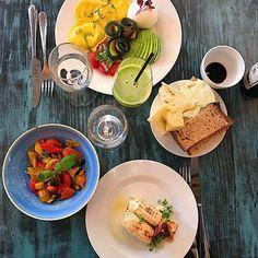 @marcello._._._ que je t'aime déjà. Superbe adresse confinée en contrebas de la place du marché Saint-Germain-des-près, ouverte 7j/7 de 8h à minuit avec une carte italienne adaptée à toutes vos envies ! Fan Fan Fan...  Amazing hidden Italian #restaurant in the 6th, serving great food anytime of the day. Go check it #ASAP. #eeeeeats #parisiloveyou #bestspot #restoparis