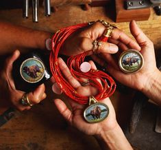 Native American jewellery designer Keri Ataumbi using coral as her 'base' colour. Native American Jewellery, Live Coral, Beach Holiday, Color Of The Year, Pantone Color, Metal Working, Buffalo, Jewelry Design, Pink