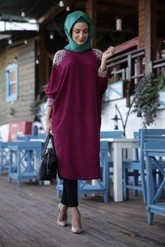 Visit the post for more. Arab Fashion, Turkish Fashion, Islamic Fashion, Muslim Fashion, Modest Fashion, Look Fashion, Girl Fashion, Fashion Outfits, Hijab Dress Party