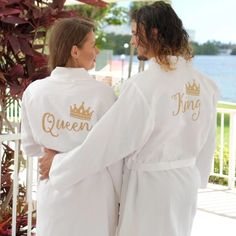 King and queen matching waffle cotton robes for couples - bridesmaid's world– Bridesmaid's World Matching Couple Gifts, Matching Couples, Blue Peach, L And Light, Wedding Gifts For Bridesmaids, Just Because Gifts, Newlywed Gifts, Perfect Couple, Just The Way