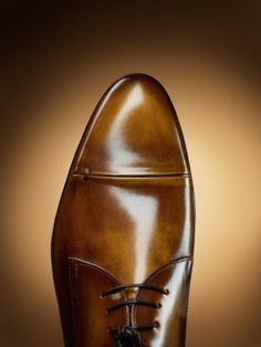 Men S Tobacco Colored Brogue Shoes And Jeans