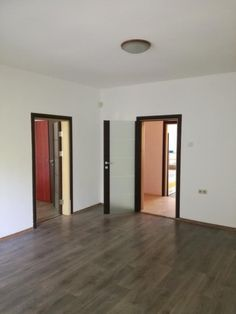 Продажба Тристаен апартамент София Красна поляна 70кв.м