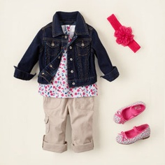 Gotta love a toddler in ballet flats and a jean jacket!