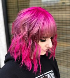 46 Bob With Bangs Hairstyle Ideas Trending for 2018 Pink Lob Dreams hairstyle Pony Hairstyles, Bob Hairstyles With Bangs, Bob Haircut With Bangs, Long Bob Haircuts, Haircuts For Fine Hair, Bangs Hairstyle, Hairstyle Ideas, Short Hair Cuts, Short Hair Styles