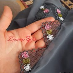 Needle Lace, Bobbin Lace, Hand Embroidery Art, Embroidery Patterns, Knitted Poncho, Knitted Shawls, Filet Crochet, Crochet Lace, Dupatta Setting