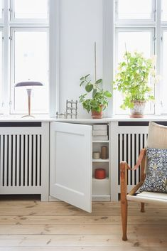 Imaginative furniture concept number 8005031533 for the striking styling. Plywood Furniture, Furniture Decor, Condo Living, Living Spaces, Room Inspiration, Interior Inspiration, Radiator Cover, Minimalist Apartment, Interior Decorating