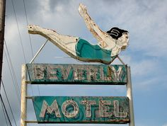 Beverly Motel neon sign.  AL, Mobile-U.S. 90. By Alan C of Marion, IN (flickr). | Neon & Vintage Signs. | Pinterest