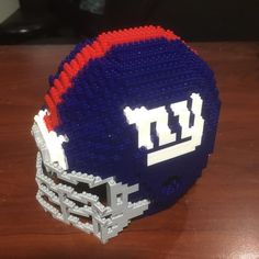 "23 mentions J'aime, 1 commentaires - Dwayne Comeau (@nanoarchitect.ca) sur Instagram : ""New York Yankees football helmet. #brickbuilding #bricks #nanoblock #nano #lego #legocity…"""