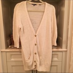 Sale only on 5/7! Vince Ivory Sweater 3/4 Sleeve Vince ivory cardigan. 83% Linen, 17% Nylon. Incredibly comfortable and practical. Has a little bit of pilling, but nothing surprising for a sweater that has been worn a few times before.  Vince Sweaters Cardigans