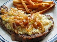 Pub Style Peppered Stilton Steaks With Charred Onions And Chips Recipe - Cheese. Lunch Recipes, Meat Recipes, Stilton Cheese, Bangers And Mash, Scottish Recipes, Pepper Steak, Pub Food, Chips Recipe, Side Salad