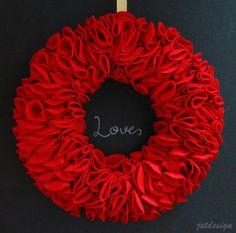 DIY Felt Wreath @ JST Design