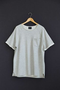 BDG Raw-Edge Short-Sleeve Pullover Sweatshirt