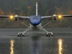 FlightAware Aviation Photos: De Havilland Canada(C-FDHT), Viking Air Limited Series 400 Twin Otter Technical Demonstrator. Aigle Animal, Aircraft Images, Amphibious Aircraft, Great Lakes Ships, Bush Plane, Aircraft Propeller, Flying Vehicles, Float Plane, Airplane Photography