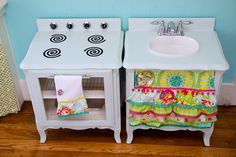 The Farmer's Nest: How to make a play kitchen set out of a pair of nightstands {DIY}. Great tutorial and fun extra touches. Like the cooling racks for oven shelves