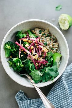 Spicy Broccoli Bowl w/ Creamy Ginger Lentils   Dolly and Oatmeal