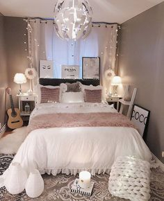 Elegant Small Master Bedroom Design with Elegant Style Small Master Bedroom Design with Elegant Style. Stylish Bedroom, Modern Bedroom, Contemporary Bedroom, Rustic Teen Bedroom, Bedroom Decor Teen, Modern Teen Bedrooms, Light Pink Bedrooms, Light Gray Bedroom, Bedroom Decor For Women