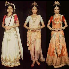 Durga Ji, Durga Goddess, Suits For Women, Sexy Women, Pooja Sharma, Bengali Wedding, Ballroom Costumes, Pagan Art, Royal Look
