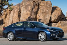 Lexus's ES 350 entry-level luxury sedan wears a bolder front grille, refreshed fascia and standard LED headlights for Photo: Lexus / Copoyright 2013 Dewhurst Photography Cheap Luxury Cars, Affordable Luxury Cars, Top Luxury Cars, Best Suv Cars, Best Cars For Women, Car Buying Guide, Lexus Es, Reliable Cars, Bugatti Cars