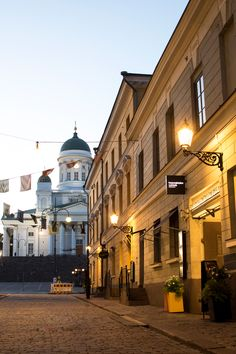 This is the Old Helsinki! The Senate Square and the Helsinki Cathedral. Helsinki, Travel Photos, Cathedral, My Photos, Finland Travel, Old Things, Photoshoot, Travel Europe, History