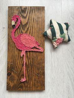 Flamingo string art flamingo wall art string art animal string art bird nail and string art string art flamingo wood pink flamingo Easy Diy Crafts, Cute Crafts, Crafts To Make, Arts And Crafts, String Art Templates, String Art Patterns, Arte Linear, Animal Nail Art, Nail String Art