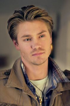 Chad Michael Murray's Many 'One Tree Hill' Hairstyles Chad Micheals, One Tree Hill Seasons, Running To Stand Still, Lucas Scott, Chad Michael Murray, Perfect People, Pretty People, Attractive People, Gilmore Girls