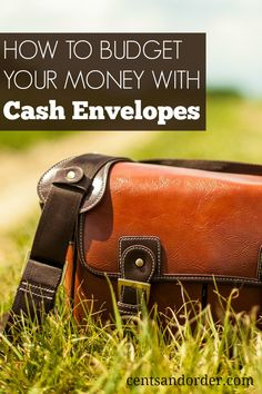 Struggling with your budget? Find out how to use a cash envelope system to stop overspending.  Cash budgeting really works!