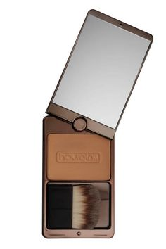 ELLE'S BEST SWEAT-PROOF MAKEUP ESSENTIALS - THE BRONZER This oil-free, extended-wear bronzer is practically summer-proof with its ability to withstand the beach, the pool, and the sweat-inducing sun. Its matte color can be used as a natural contouring powder, or looks believable as an allover glow as it will never turn muddy. Hourglass Superficial Waterproof Bronzer