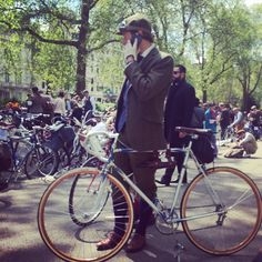 In pictures: the Tweed Run 2016
