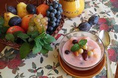 Családi kondér: Citormfüves őszi gyümölcsleves Pudding, Desserts, Food, Tailgate Desserts, Deserts, Custard Pudding, Essen, Puddings, Postres