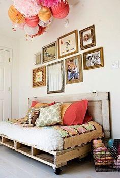 Besoin d'un nouveau lit ou juste d'espace de rangement supplémentaire ? Voici des idées astucieuses pour faire de votre chambre un lieu de sérénité.