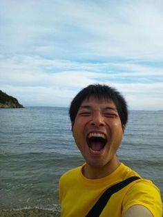 海と大笑いあーくん