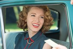 Vintage Hairstyles The world has changed in the last century. Adaline has not. Directed by Lee Toland Krieger. With Blake Lively, Harrison Ford, Ellen Burstyn, Michiel Huisman. 50s Makeup, Vintage Makeup, Hair Makeup, Rockabilly Makeup, Crazy Makeup, Makeup Art, 1950s Hairstyles, Vintage Hairstyles, Adaline Bowman