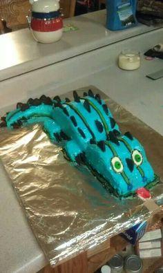 Lizard cake party ideas pinterest lizard cake cake and lizard cake party ideas pinterest lizard cake cake and birthdays pronofoot35fo Choice Image