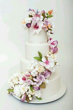 Gorgeous Cake Decoration!