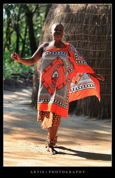 Traditional Dance @ Matsamo Cultural Village, Kingdom of Swaziland, Africa Costumes Around The World, Thinking Day, African Countries, African Culture, Black Girl Fashion, East Africa, People Of The World, Uganda, People Illustration