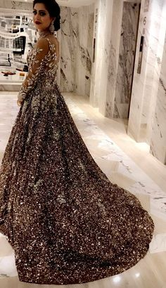 ≫ Dresses for Wedding Pakistani Chart, for Custom Bridal and Party Wears Email Zifaafstudio Gmail Visit - Wedding Dress Ideas, Designers & Inspiration Pakistani Wedding Dresses, Indian Dresses, Indian Clothes, Bridal Lehenga, Bridal Gowns, Bridal Anarkali Suits, Anarkali Dress, Mein Style, Asian Bridal