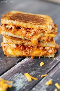 This flavorful BBQ chicken and pineapple grilled cheese. | 18 Grilled Cheese Sandwiches That Made Us Drool In 2015