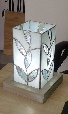 Stained glass embellishments can create a warm and rich perspective to your home. You can utilize stained glass things in … Stained Glass Lamp Shades, Stained Glass Light, Stained Glass Designs, Stained Glass Panels, Stained Glass Projects, Stained Glass Patterns, Leaded Glass, Mosaic Glass, Fused Glass