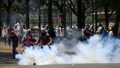 Van 281 detenidos por protestar entre el 4 y 10 de abril informa Foro Penal