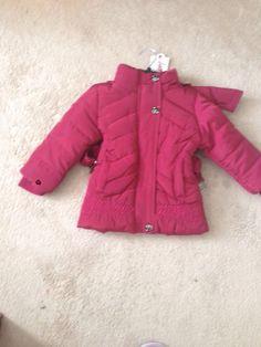 girls, short, pink, jacket Pink Jacket, Short Girls, Cuddle, Pink Girl, Bugs, The North Face, Stylish, Sleeves, Jackets