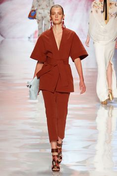 Etro Spring 2013 Ready-to-Wear Fashion Show - Sigrid Agren