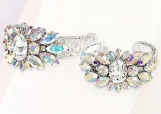 Une Ligne's cuff bracelet made with Swarovski's #AuroraBorealis crystals…